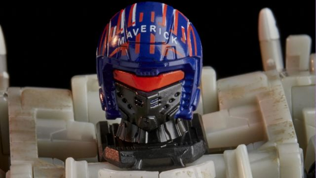 Maverick Transformer Top Gun Hasbro