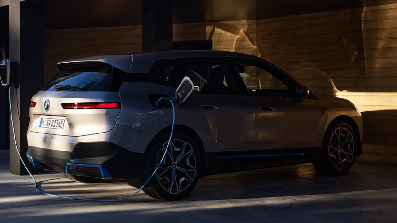 BMW iX promete ser la mejor del mercado