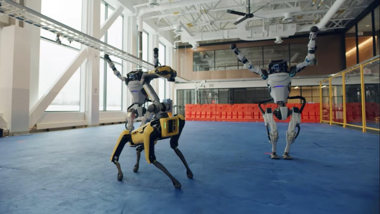 Boston Dynamics despide el año con baile de sus robots
