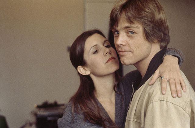 Carrie Fisher y MArk Hamil jovenes en Star Wars