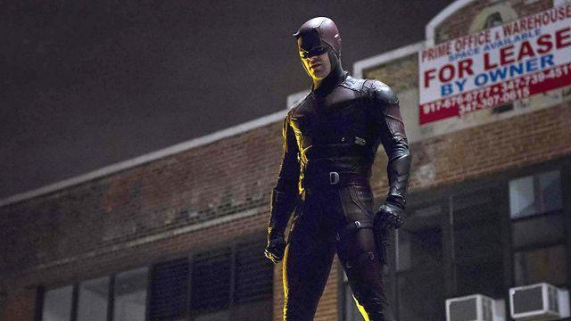 Charlie Cox como Daredevil