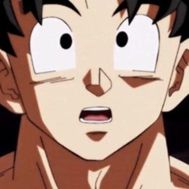Dragon Ball_ Chica hace un impresionante cosplay de Goku en versión femenina