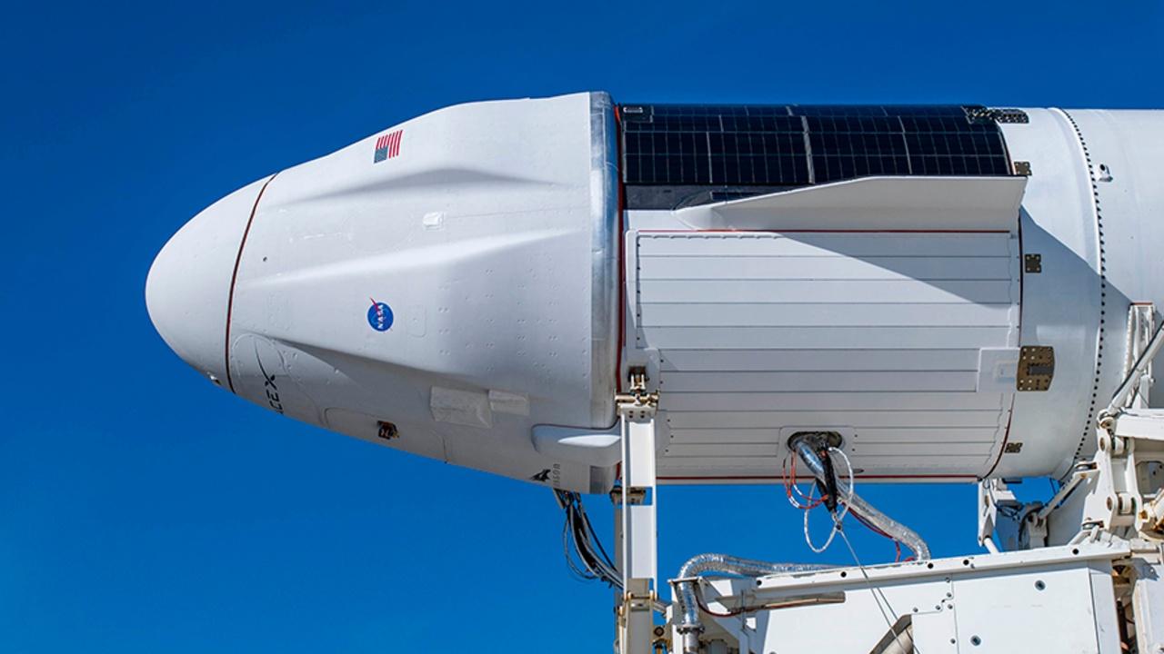 SpaceX lanza cápsula con regalos navideños