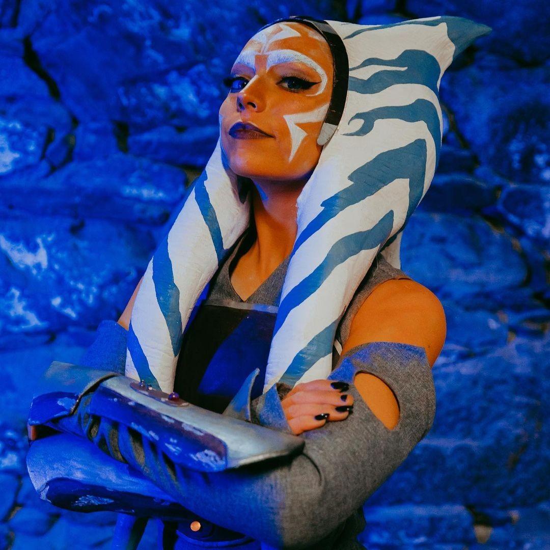 Star Wars: Chica recrea a la poderosa Ahsoka Tano en un asombroso cosplay
