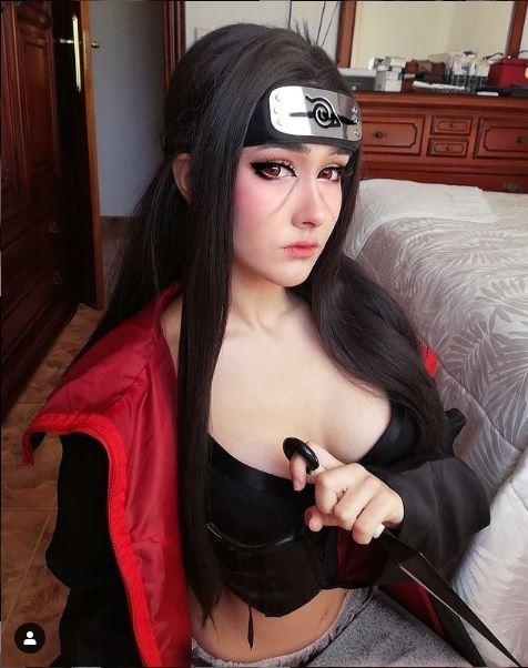 cosplay itachi uchiha mujer