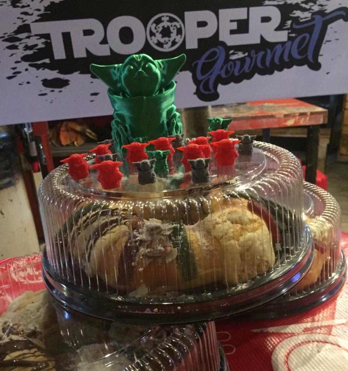 rosca de baby yoda trooper gourmet