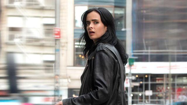 Jessica Jones regresaría a She-Hulk