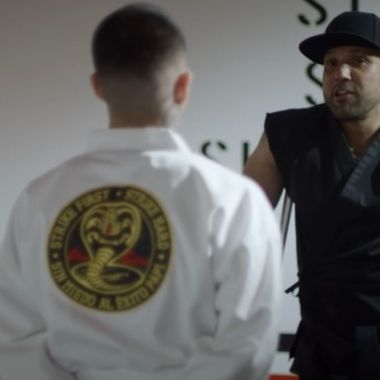 Cobra Kai Barras Praderas en Netflix