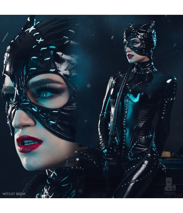 DC Comics_ Cosplayer recrea el icónico traje de Catwoman de Batman Returns (2)