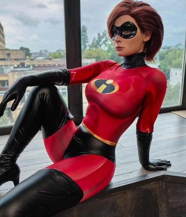 Disney: Elastigirl cobra vida a través de este increíble cosplay