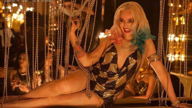 Harley Quinn vestido dorado