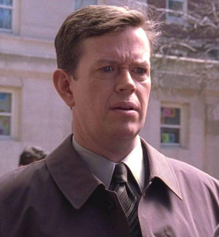 Dylan Baker Doctor Curtis Connors Película Spider-Man
