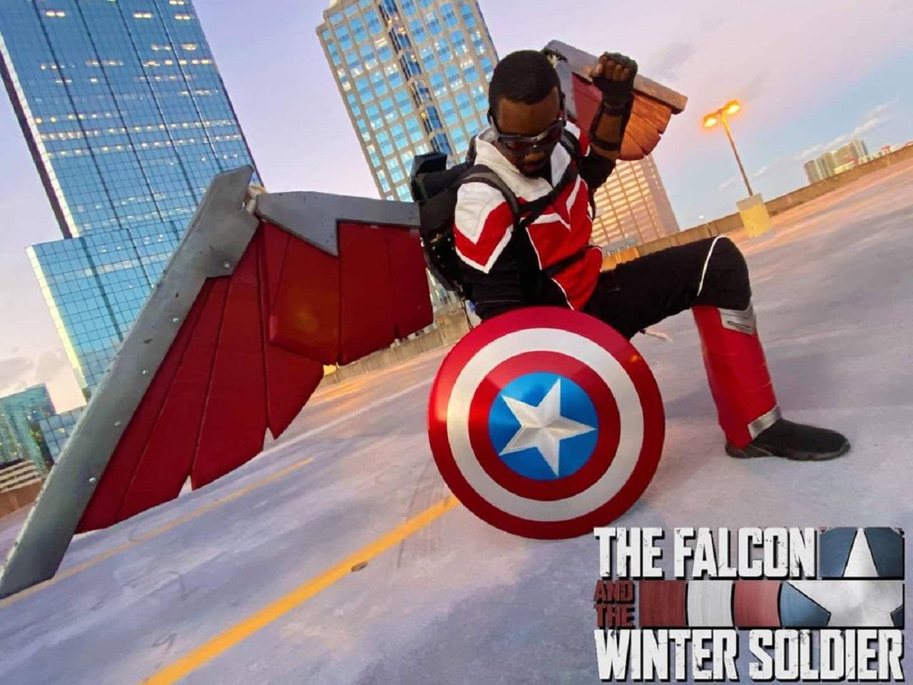 Marvel Falcon cosplay Sam Wilson