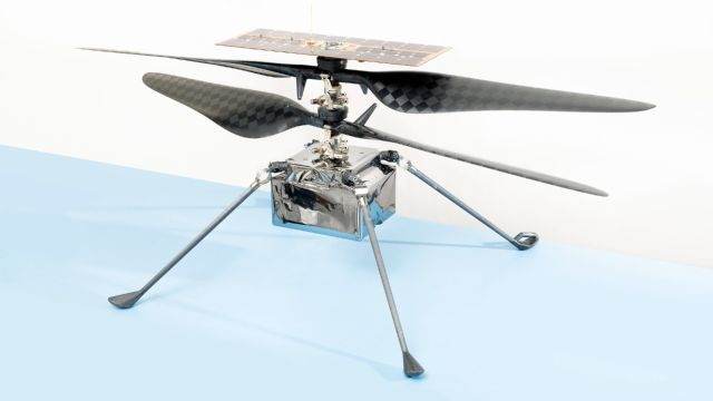 NASA Ingenuity vuelo Marte tela avión Wright hermanos