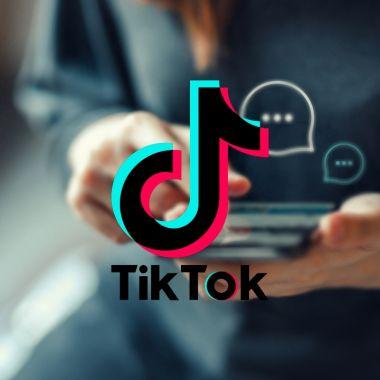 TikTok función mensajería grupal competir Facebook