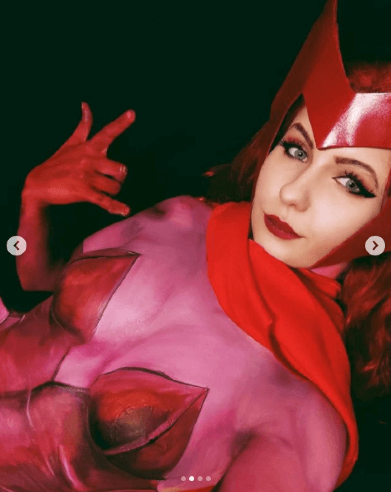 bruja escarlata cosplay