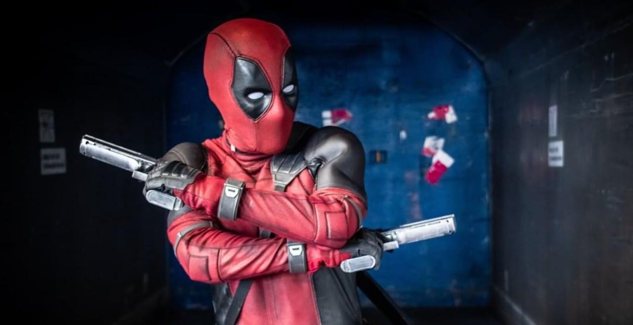 Cosplayer recrea el traje de Deadpool y realmente es idéntico al original
