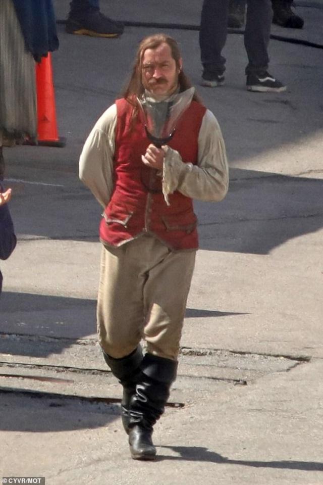 Jude Law Capitán Garfio Película Peter Pan Disney
