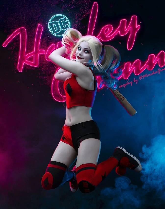 DC Comics: Chica recrea a Harley Quinn haciendo de las suyas con un excelente cosplay