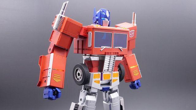Figura Optimus Prime Transformers Hasbro