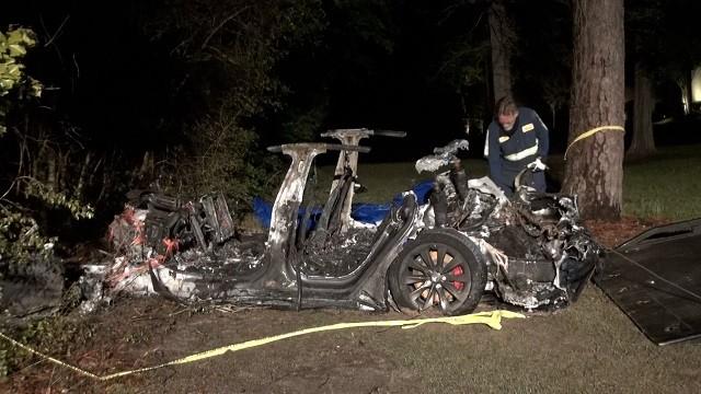 Tesla Accidente Automovilístico Piloto Automático