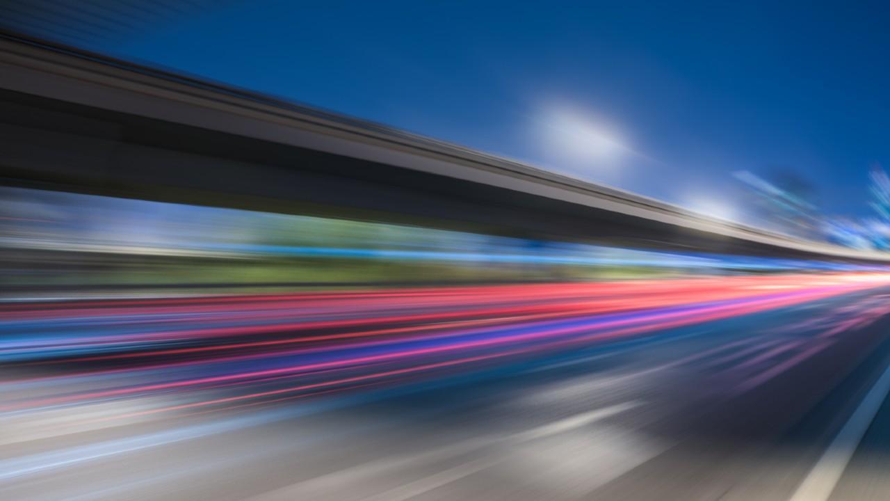 Investigadores descubren que pueden crear luz capaz de atravesar materiales opacos