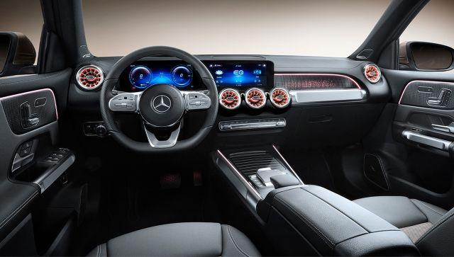 Mercedes Suv EQB interior