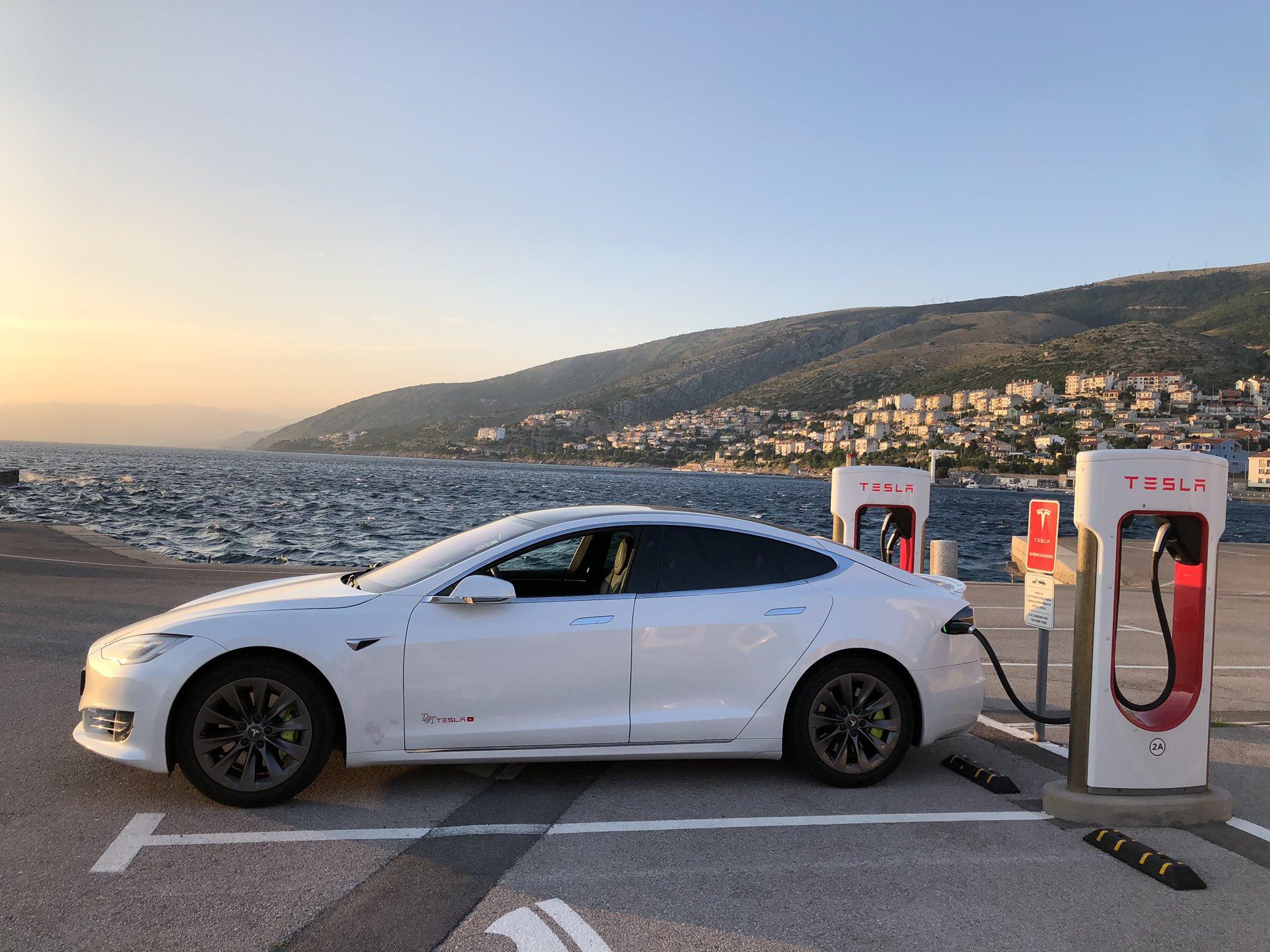 Elon Musk y Tesla ya no recibirán bitcoins