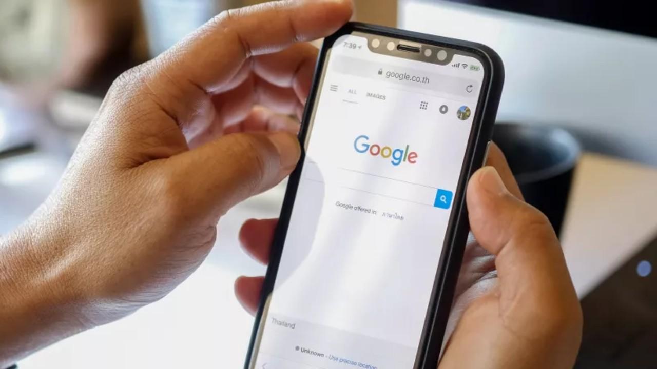 Fake news google aviso buscador