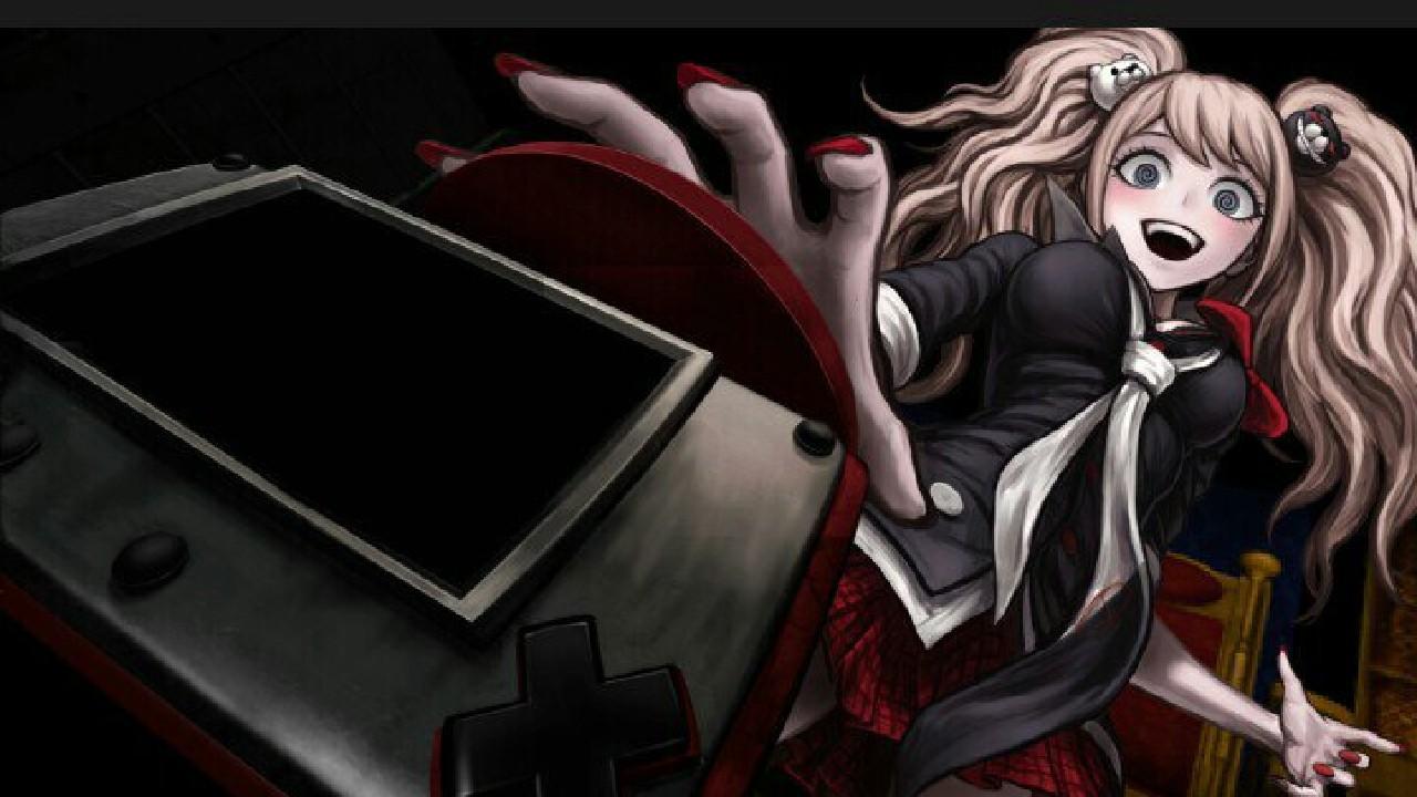 Cosplayer consigue un impactante cosplay de Junko Enoshima de Danganropa