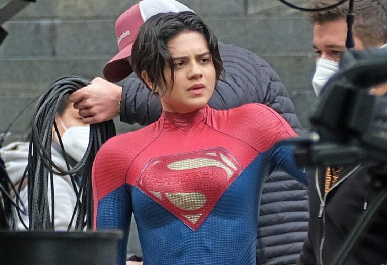 the flash 2022 supergirl