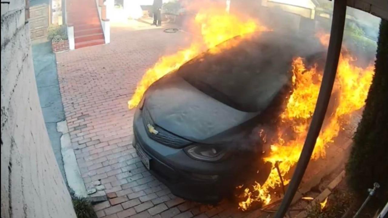 Chevrolet Bolt EV EUV incendio GM revision