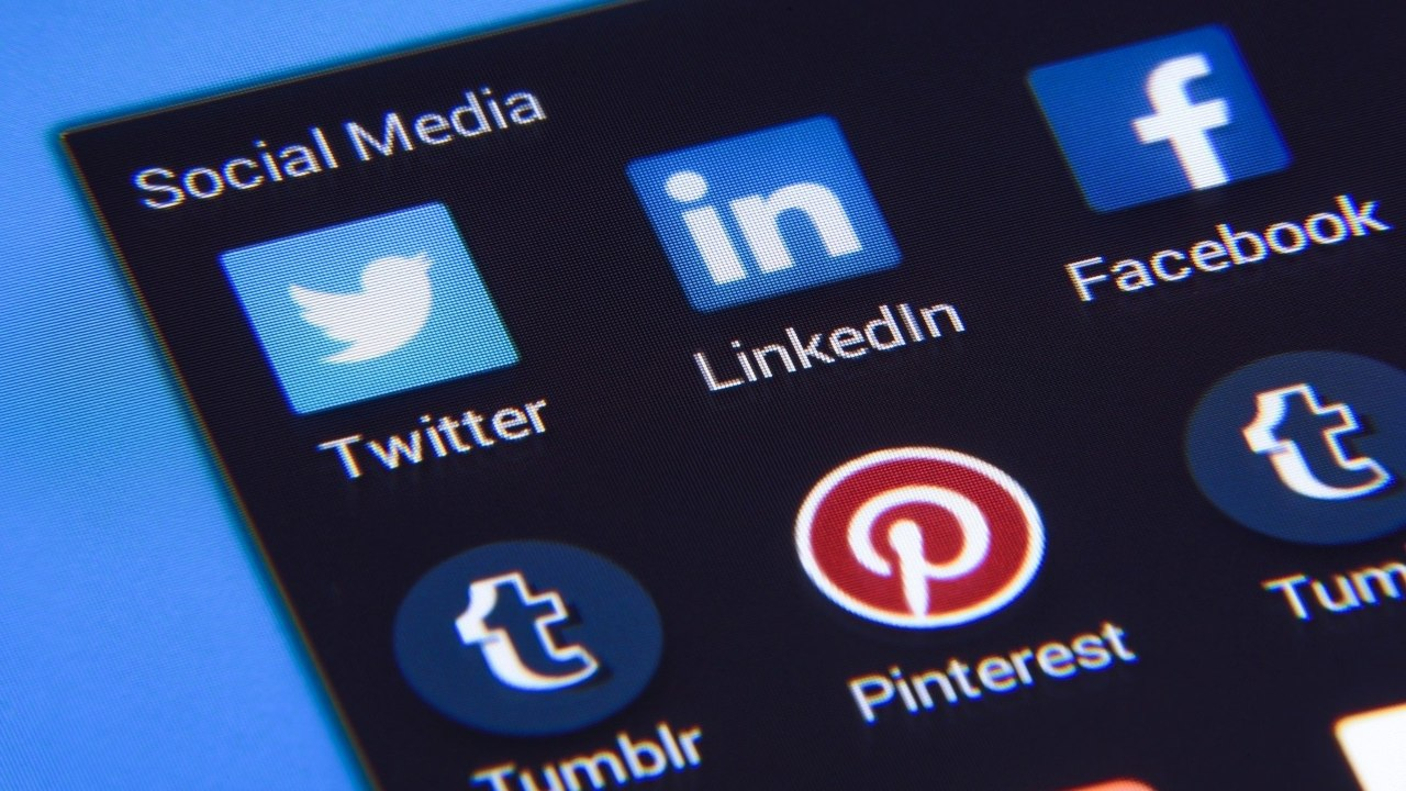LinkedIn retira función historias plataforma