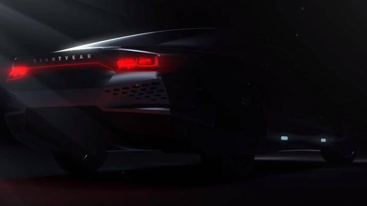 Resultado de imagen de Un automóvil alimentado totalmente con energía solar podría ser una realidad en 2019