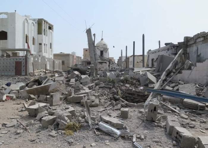 Al menos 6.800 civiles han muerto en la guerra en Yemen