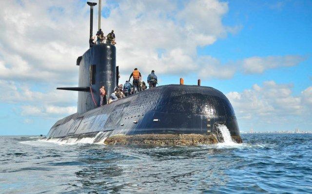Después de un mes, la desaparición del submarino argentino ARA San Juan sigue siendo un misterio