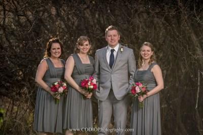 © CODIO Photography www.codiophotography.com www.facebook.com/CodioPhotography instagram.com/codiophotography Calgary Wedding and Lifestyle Photographer