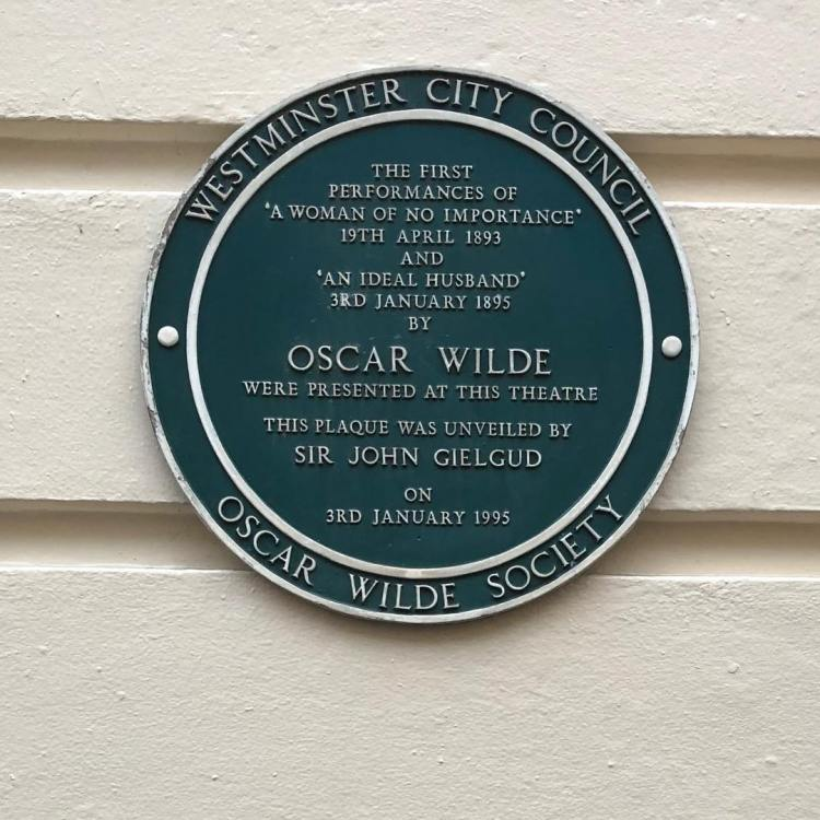 Oscar Wilde plaque at 18 Suffolk Street, the Haymarket Theatre.