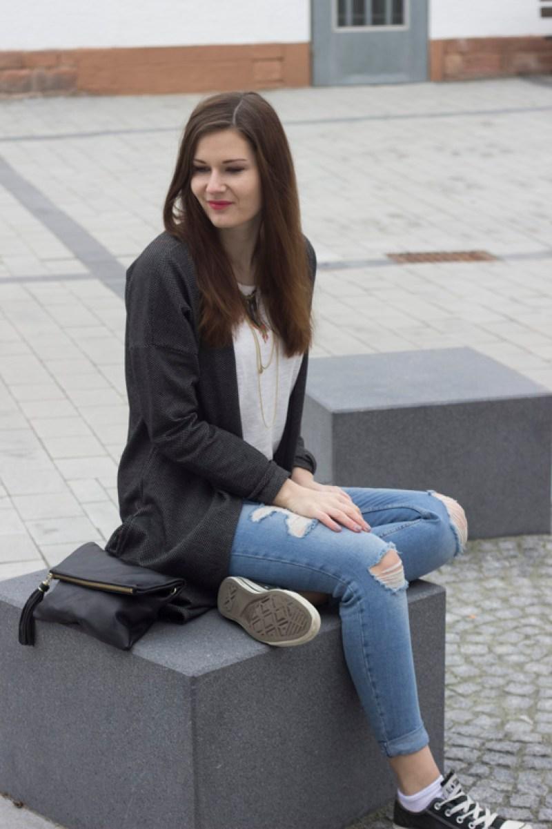 Cardigan Ripped Jeans 5 - coeurdelisa
