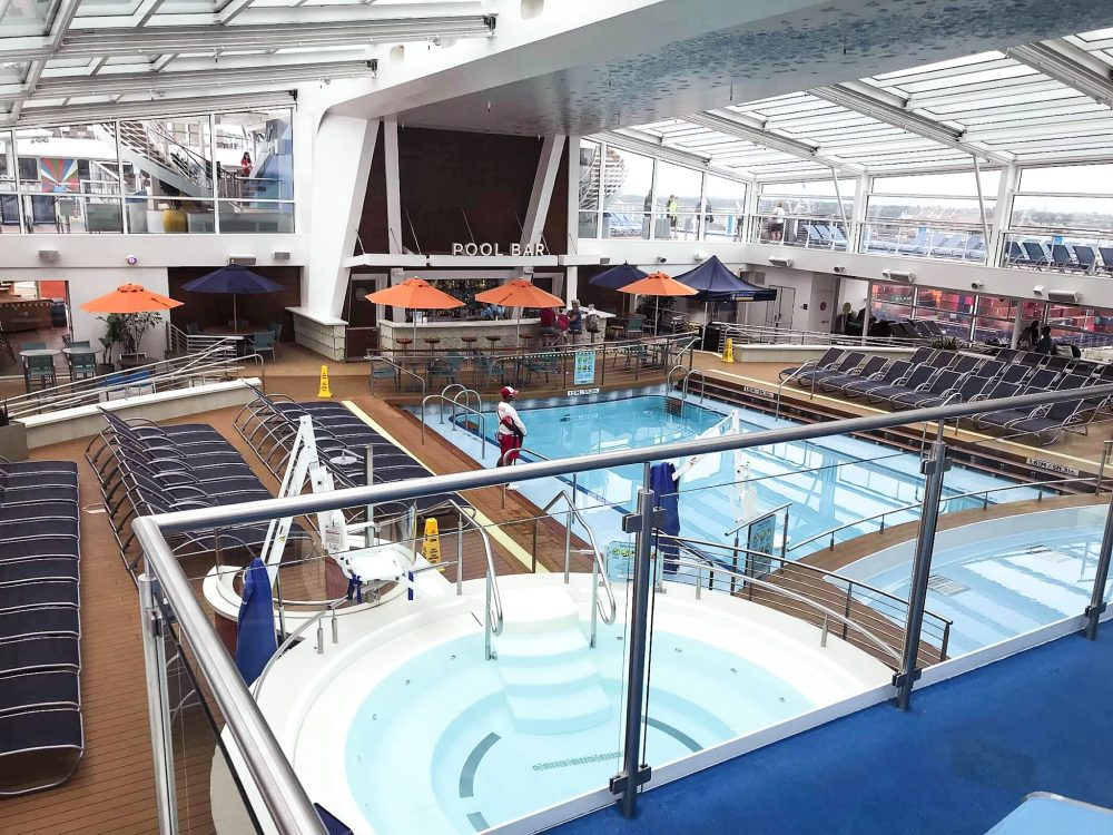 Pool area on Anthem of the Seas