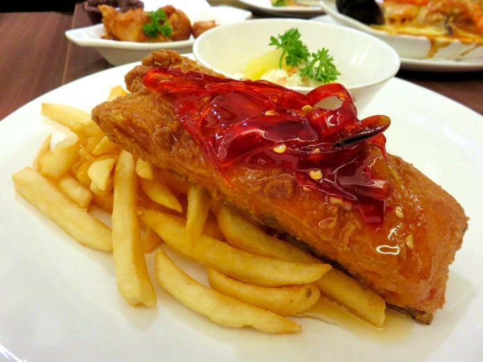 Swensen's - Deep Fried Salmon with Chilli Jam