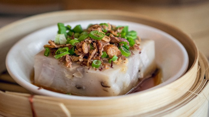 Yan-Singapore National Day-Steamed Yam Cake with Mushroom and Dried Shrimp