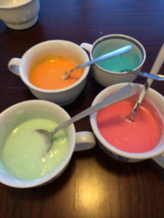 frosting, icing, colored frosting, colored icing, sugar cookie icing, recipe, homemade icing