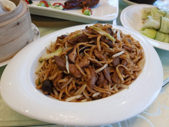 Braised Duck E Fu Noodle / Duck Meat Fried Rice