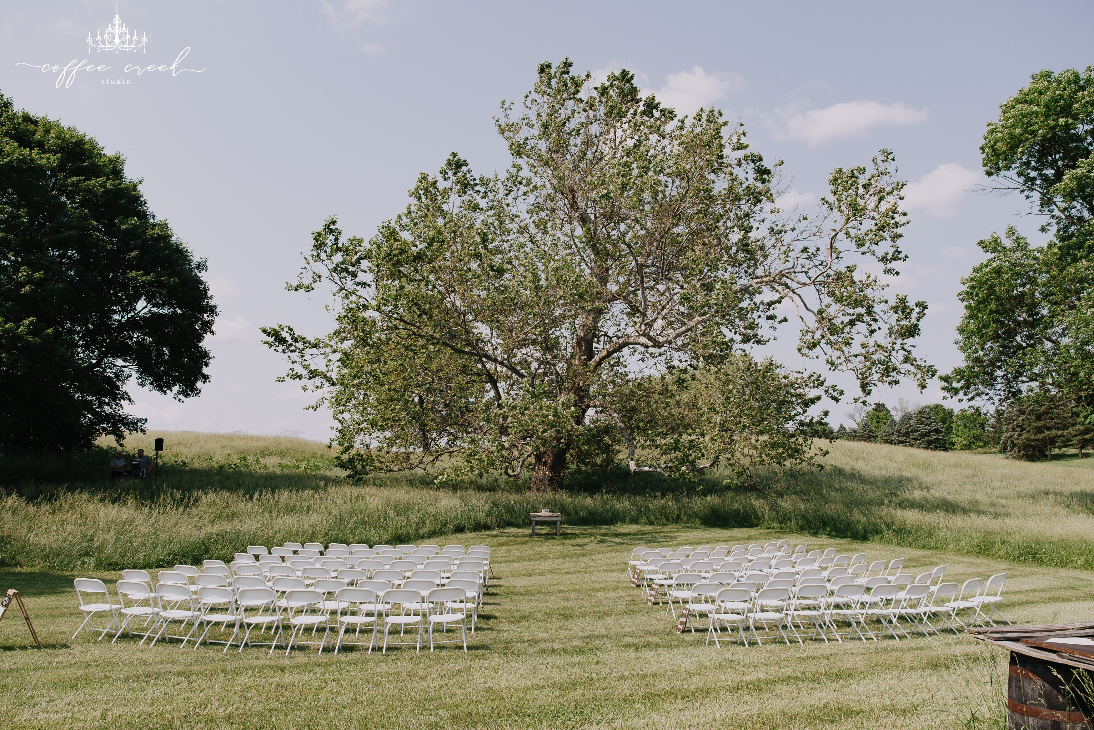 indiana barn venue wedding
