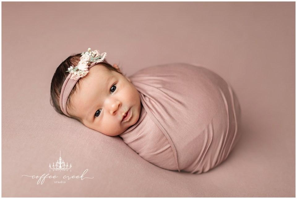 Indianapolis newborn photographer Caroline