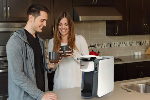 Coffee Gofer Best K Cup Coffee Maker Under $100 - Couple in Kitchen
