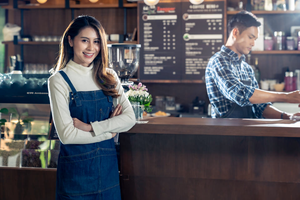 Should you tip at coffee shops?