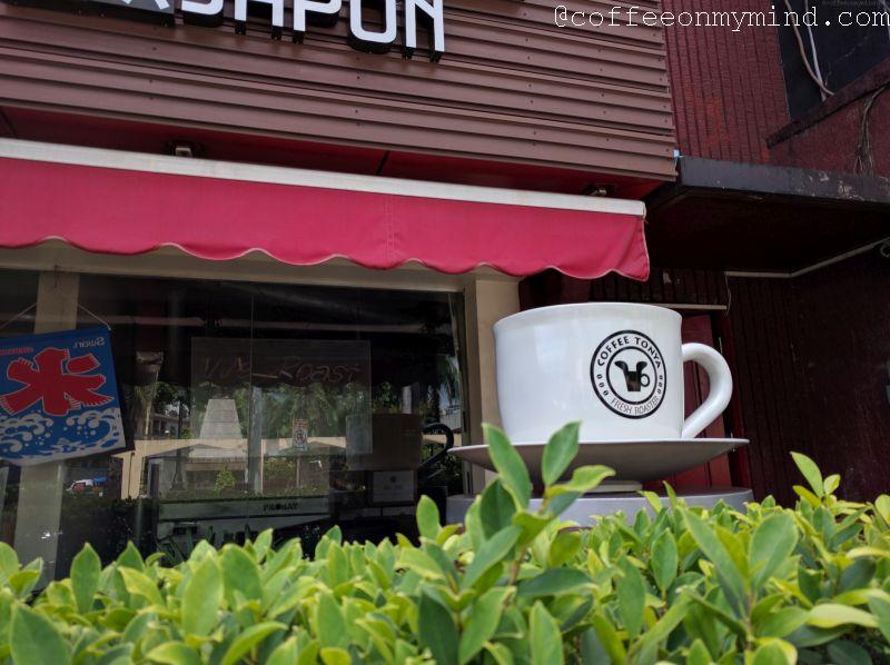 coffee tonya makati cup statue