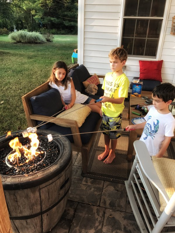 Backyard Smores Fun